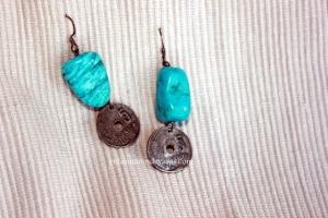 Yo tenía estas piedras en casa y me hice estos pendientes